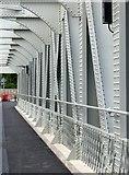 ST5672 : Ashton Avenue Bridge by Alan Murray-Rust