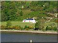 NN0874 : Loch Linnhe, House at Trioslaig by David Dixon