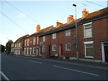 SU3521 : Terrace of houses on Winchester Road, Romsey by David Howard
