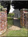 SU6850 : Rear entrance to St Mary's graveyard by Hugh Craddock