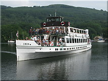 SD3787 : Steamer MV Swan arriving at Lakeside Pier, Windermere by G Laird