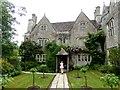 SU2598 : Kelmscott Manor by Oliver Dixon