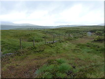 SH9221 : Junction of fences on Bryn Glâs by Richard Law