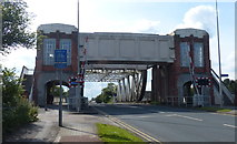 TA0832 : Sutton Road Bridge crossing the River Hull by Mat Fascione