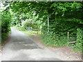 SO8607 : Footpath to Slad Road at Folly Lane by Humphrey Bolton