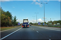 TL1494 : North end of southern section of A1(M) by Robin Webster
