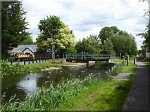 ST2526 : The swing bridge over Bridgwater and Taunton Canal at Bathpool by David Smith