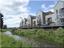ST2325 : New apartments overlooking Bridgwater and Taunton Canal by David Smith