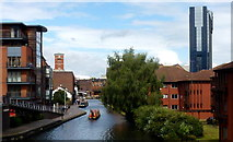 SP0686 : Worcester and Birmingham Canal by Jonathan Billinger