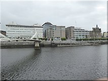 NS5864 :  Tradeston Bridge and north bank of Clyde by David Smith