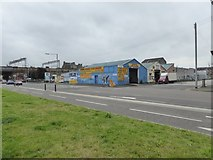 NS5864 : Car wash, Clyde Place by David Smith