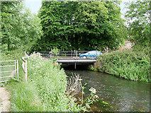 SU4619 : River Itchen, Bridge at Bishopstoke Road by David Dixon