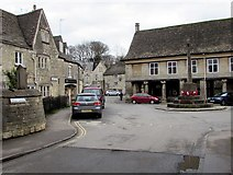 SO8700 : From Bell Lane to Market Square Minchinhampton by Jaggery
