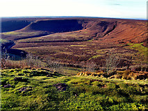 SE8493 : Hole of Horcum by Tom Curtis