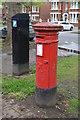 TL0550 : Victorian Postbox, De Parys Avenue by N Chadwick