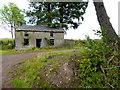 H5355 : Ruined farmhouse, Latbeg by Kenneth  Allen