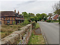 SP2476 : Southeast on Barretts Lane, Balsall Common by Robin Stott