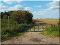 TQ5985 : Footpath at North Ockendon by Malc McDonald