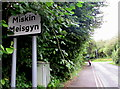 ST0581 : Miskin/Meisgyn boundary sign  by Jaggery