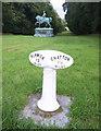 NU0525 : Milepost and Viscount by Des Blenkinsopp