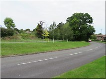 SU6350 : View along Jays Close by Given Up