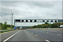 TQ5296 : M25 anticlockwise by Robin Webster