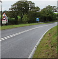 SM9108 : Warning sign - cattle at the northern edge of Milford Haven by Jaggery