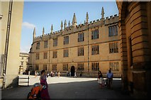 SP5106 : Clarendon Square and The Bodleian Library by N Chadwick