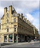 SE0925 : Corner of Market Street and Albion Street by Gordon Hatton
