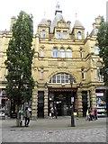 SE0925 : West entrance, Borough Market by Gordon Hatton