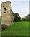 TQ1810 : Bramber Castle: remains of the Gatehouse Tower by John Sutton