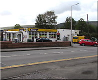 SS9993 : Ivor Hael Supermarket, Llwynypia by Jaggery