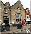 SU1868 : Grade II listed red phonebox, High Street, Marlborough by Jaggery