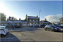 TR3752 : Deal station by Robin Webster