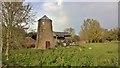 SE8223 : Mill Farm, Yokefleet : Week 44