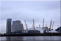 TQ3980 : O2 Arena, Greenwich, from the river by Mike Pennington
