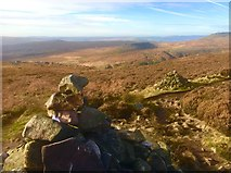 SK2781 : Cairns on Burbage Edge by Graham Hogg