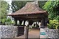 TQ0002 : Lych gate, Church of St Mary by N Chadwick