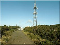 J3630 : Approaching the relay transmitter on the summit of Drinnahilly by Eric Jones