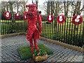 J2664 : �Lest we forget� poppy sculpture, Lisburn : Week 48