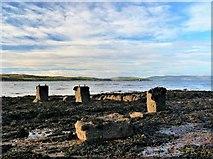 NS2055 : Fairlie Sands by Raibeart MacAoidh