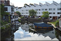 SU8586 : Small harbour, Marlow Weir by N Chadwick