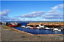 NH7867 : Cromarty Harbour by Robert Struthers
