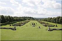 SU9185 : The Cliveden Lawn by Bill Nicholls