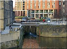 SE2933 : The entrance to the Leeds and Liverpool Canal by Alan Murray-Rust