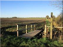 SE7842 : Footbridge over a roadside drain, Rytham Gate by Jonathan Thacker