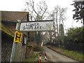 SU7778 : Fingerpost on Mill Lane, Shiplake by David Howard