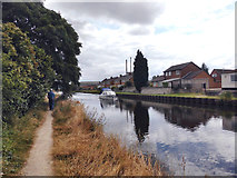 SE5023 : Goole and Knottingley Canal by derek dye