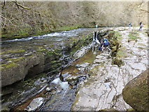 SN9210 : Upstream section of Sgŵd y Pannwr at low water levels by Rudi Winter