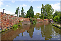 SO8276 : Canal in Kidderminster centre, Worcestershire by Roger  Kidd